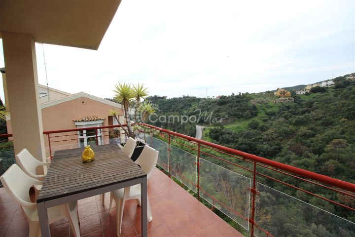 Estepona, Fantastic property in the hills of Estepona