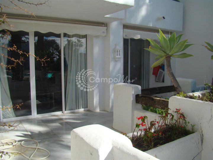 Estepona, LARGE GROUND FLOOR APARTMENT AVAILABLE
