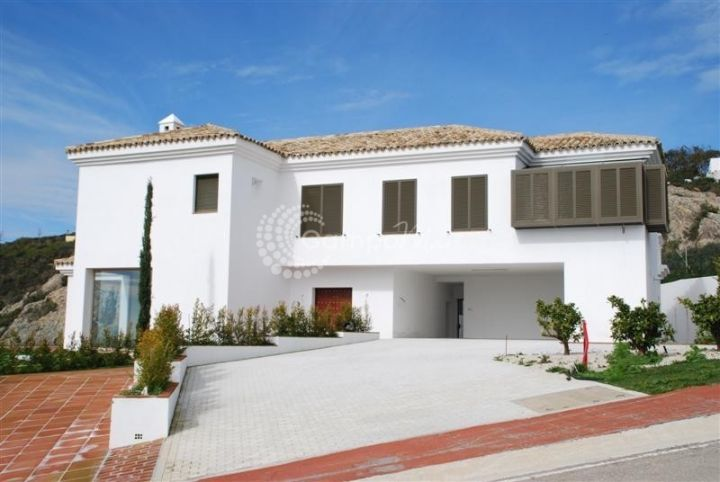 Villa for sale in Sotogrande - Sotogrande Villa