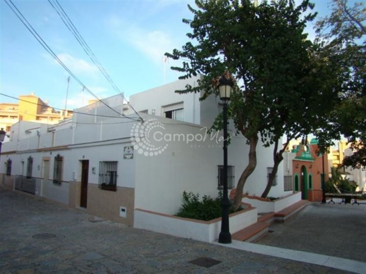 Estepona, Beautiful renovated town house in the heart of the Old Town, Estepona