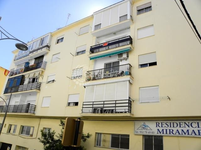 Estepona, APARTMENT FOR SALE - GREAT PRICE