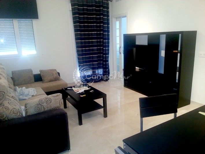 Estepona, Duplex apartment available for long term rent in Valle Romano