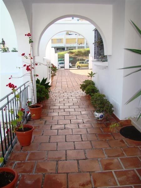 Estepona, QUAINT TOWN HOUSE IN ESTEPONA