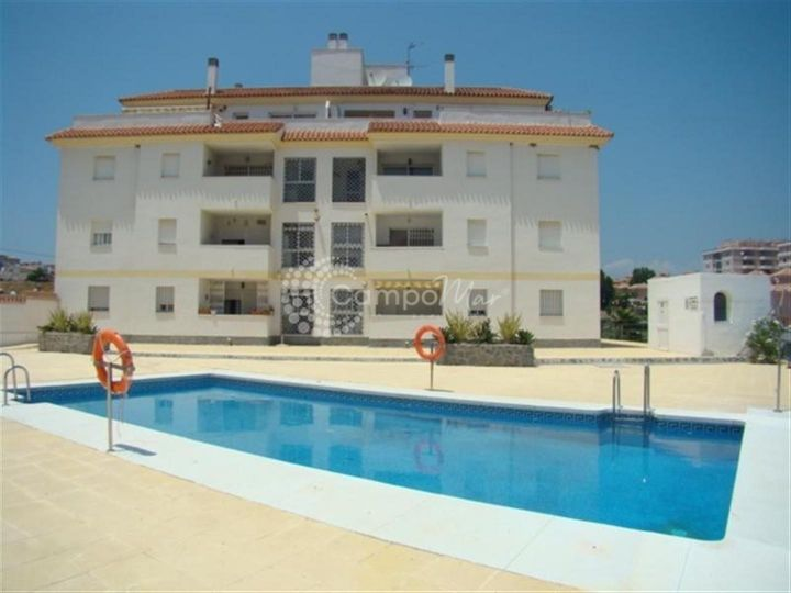 Manilva, Bargain apartment for sale in Sabinillas