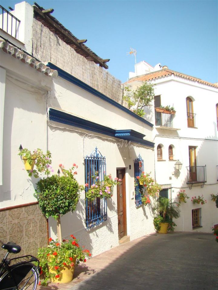 Estepona, Charming duplex apartment in Estepona