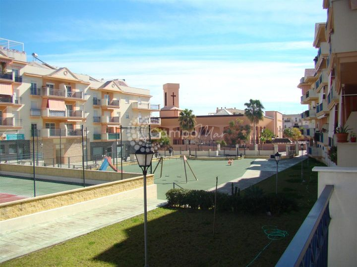 Estepona, 3 bedroom apartment in a very popular area of Estepona and ready for immediate occupancy
