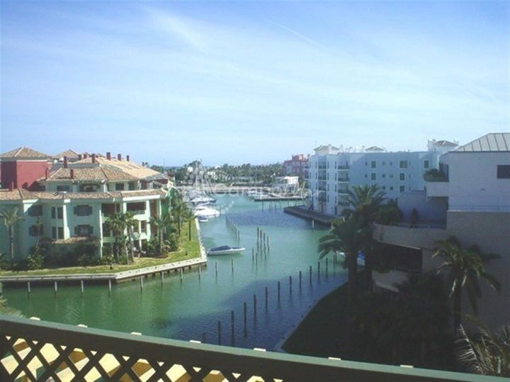 Sotogrande, PENTHOUSE LOCATED IN THE SOTOGRANDE MARINA