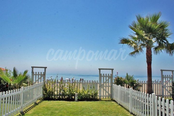 Estepona, Front line beach homes in Estepona