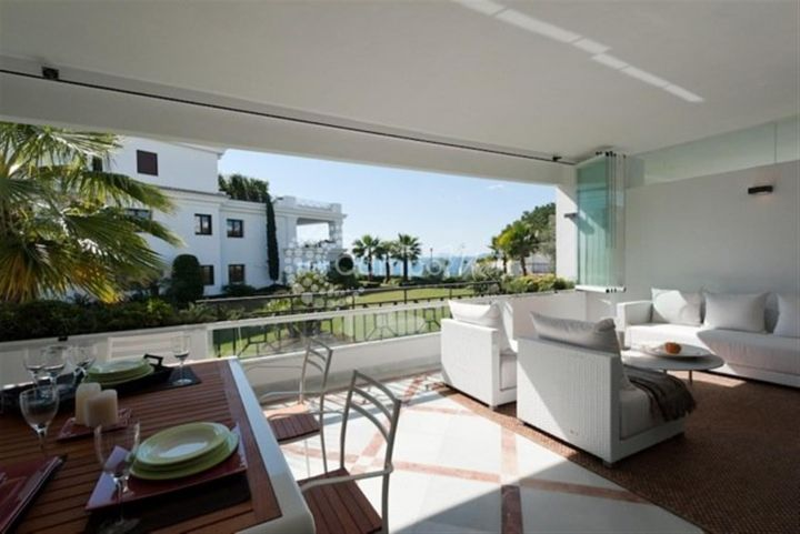 Estepona, LUXURY APARTMENTS FOR SALE IN ESTEPONA