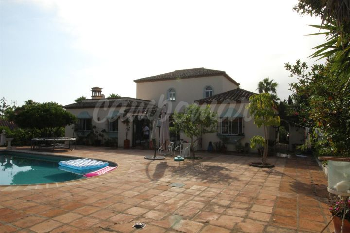 Sotogrande, Fantastic villa for sale in the sought after location of Sotogrande