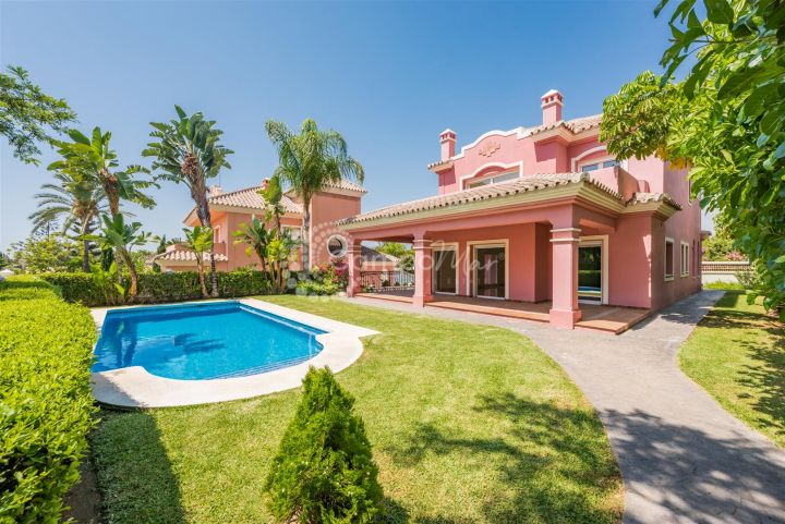 San Pedro de Alcantara, Luxury Villa on the golf course at Guadalmina Alta.