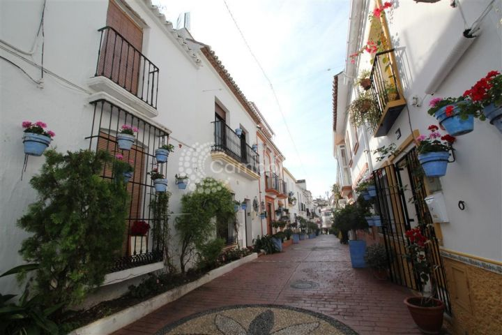 Estepona, Old Town property in need of restoration in Estepona
