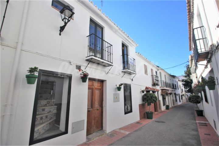 Estepona, Exclusive - Special Village house in the Old Town of Estepona