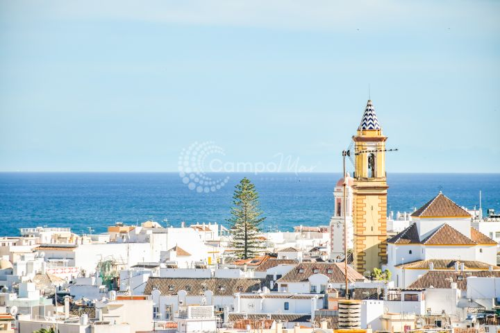 Estepona, Stunning penthouse aparment in Estepona town.