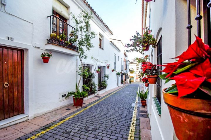 Estepona, Cozy townhouse in the heart Estepona´s picturesque Old Town