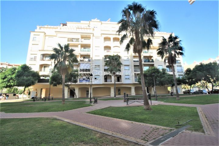 Estepona, Fantastic one bedroom apartment in heart of Estepona for sale