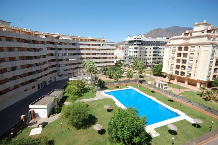 Estepona, Great two bedroom apartment for sale in the heart of Estepona