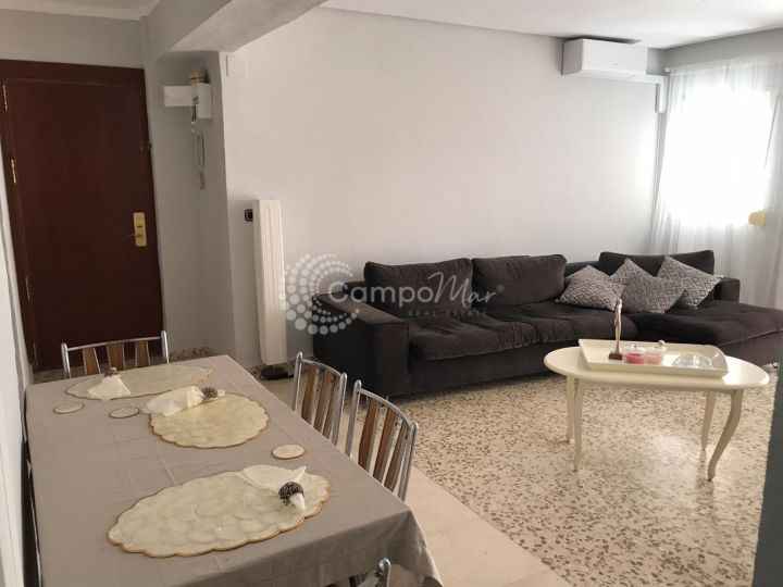 Estepona, Central apartment available for long term rent