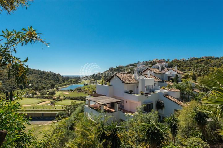 Benahavis, FANTASTIC PENTHOUSE IN BENAHAVIS
