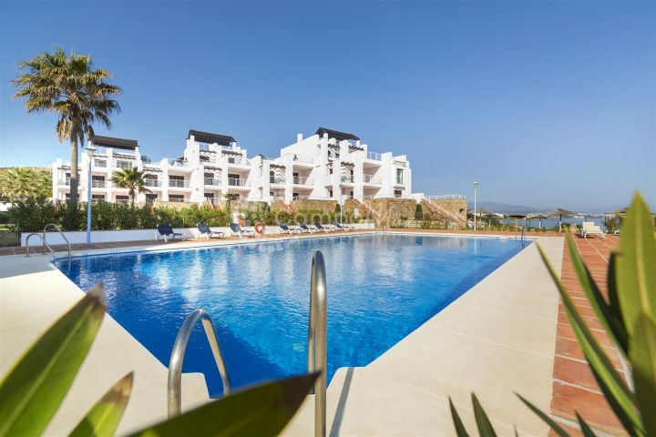 Casares, NEW FRONT LINE BEACH APARTMENTS FOR SALE