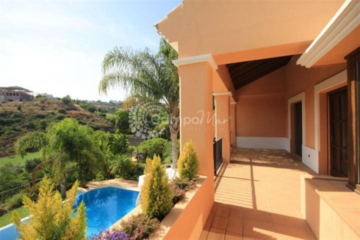 Estepona, FRONT LINE GOLF VILLA FOR SALE