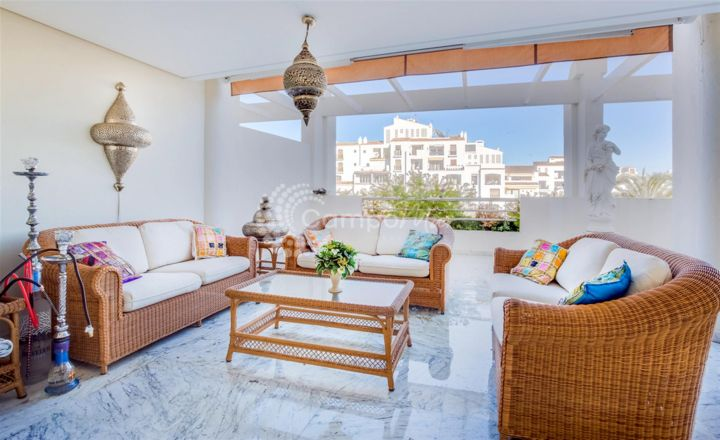 Marbella - Puerto Banus, SEA VIEW APARTMENT IN THE HEART OF PUERTO BANUS