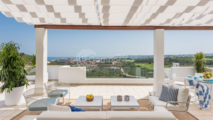 Casares, AMAZING PENTHOUSE IN NEW DEVELOPMENT