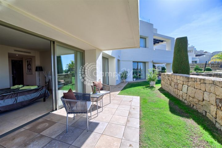 Benahavis, LUXURY GROUND FLOOR APARTAMENT IN LOS FLAMINGOS