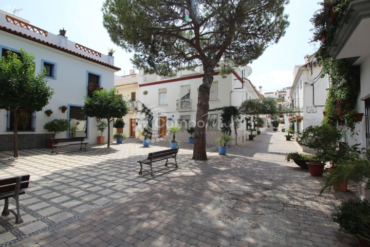 Estepona, NEW CONSTRUCTION - FANTASTIC TOWN HOUSE IN THE OLD TOWN