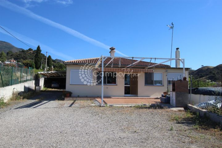 Estepona, COUNTRY HOME FOR SALE IN ESTEPONA