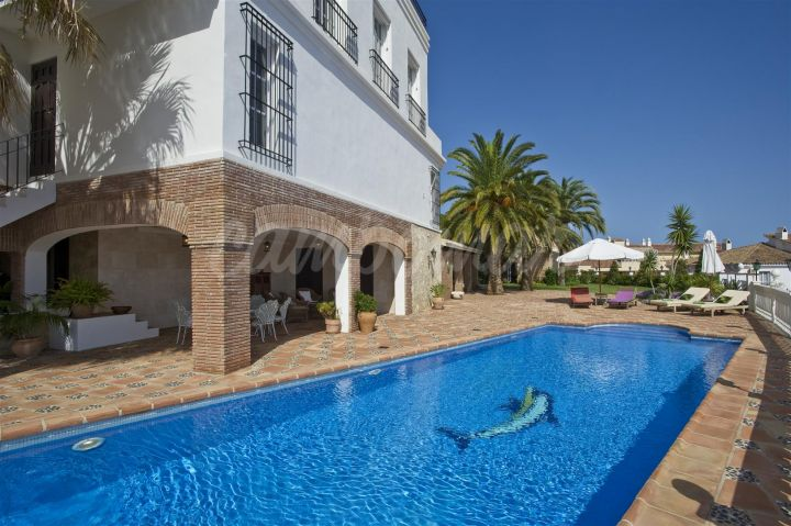 Fuengirola, Luxurious estate in Fuengirola
