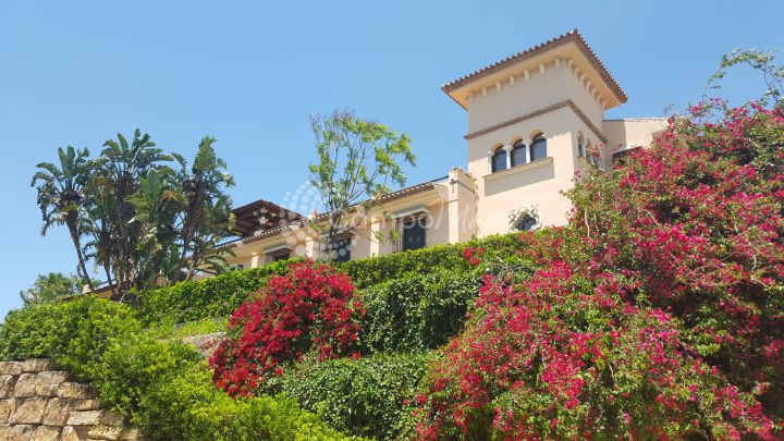 Estepona, Fantastic country property for sale in Estepona