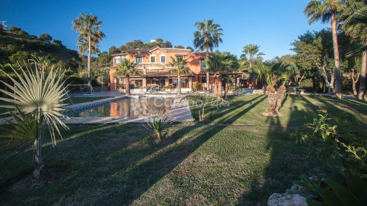 Estepona, Exceptional Finca in Estepona for sale