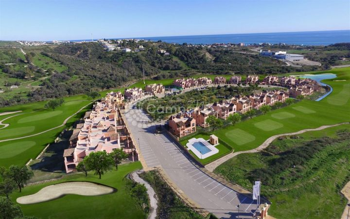 Estepona, Residential development of modern homes situated in Estepona