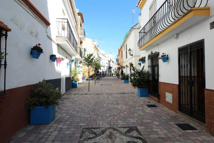 Estepona, Fantastic apartment in the old town of Estepona