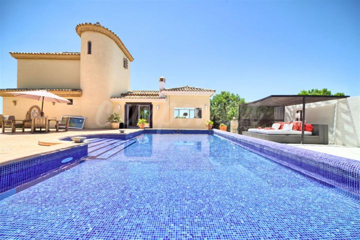 Estepona, Villa situated in Los Reales, Estepona with breathtaking views.