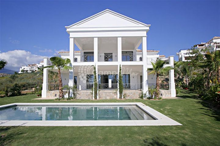 Benahavis, PRIVATE AND TRANQUIL VILLA FOR SALE