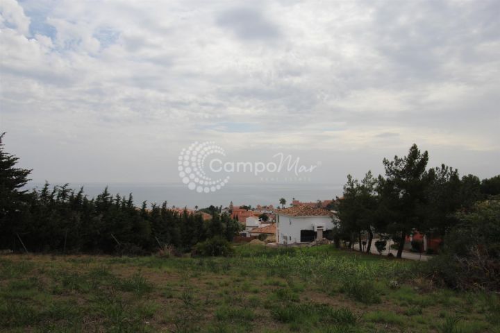 Estepona, Building plot with fantastic sea views in Estepona