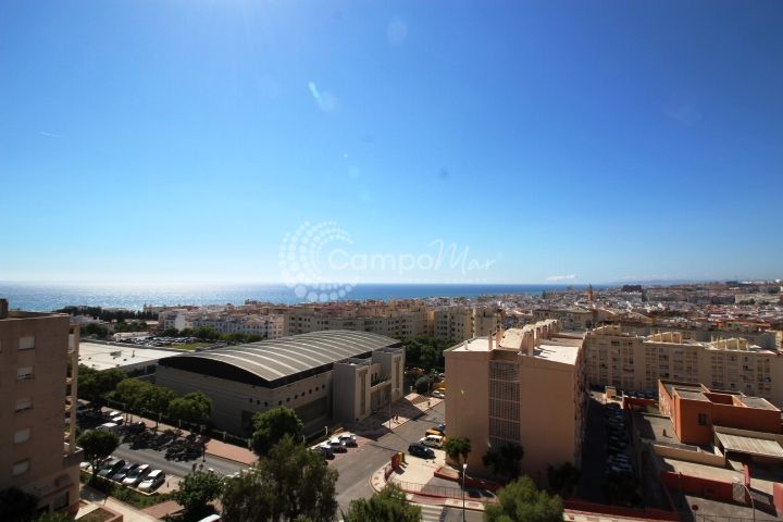 Estepona, Fantastic penthouse with stunning sea and town views in Estepona