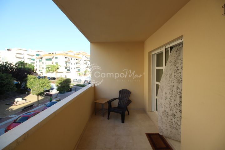 Estepona, Fantastic three bedroom property in Estepona town.