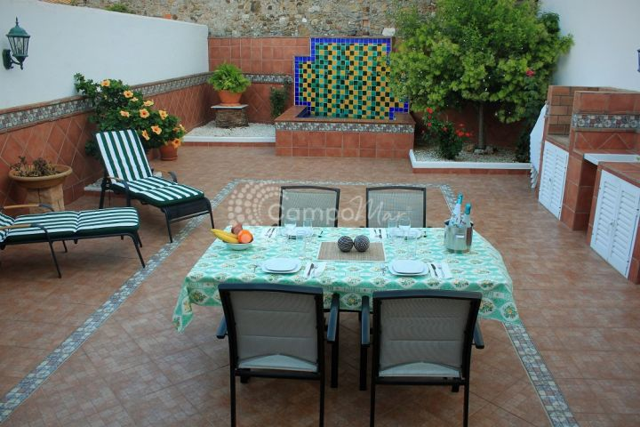 Estepona, Estepona Old Town property for sale with lovely patio area.