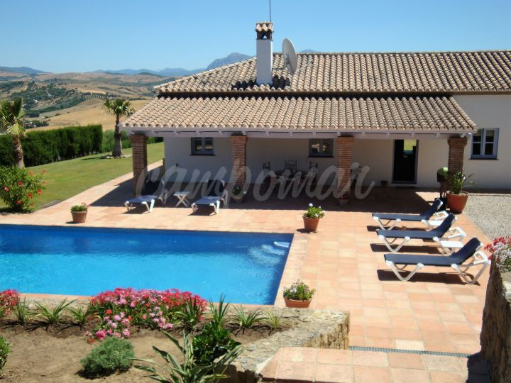 Jimena de La Frontera, Villa in Jimena with stunning country views