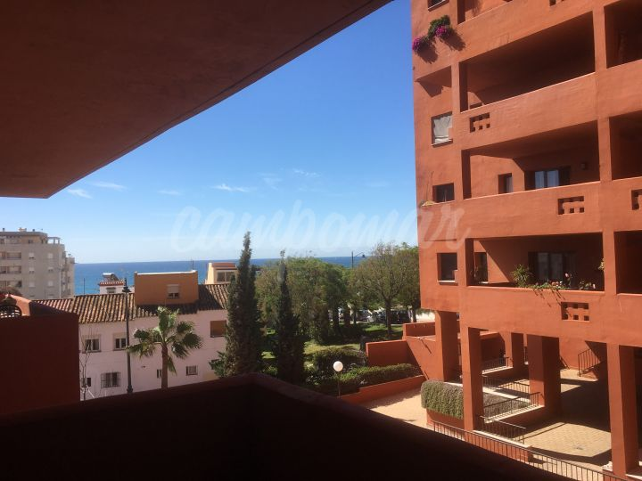 Estepona, One bedroom apartment close to the beach for sale in Estepona