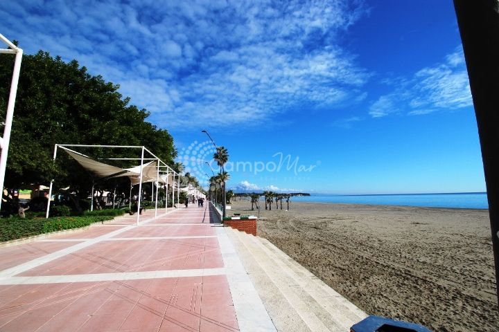 Estepona, Recently renovated, few metres from the beach apartment for sale in Estepona