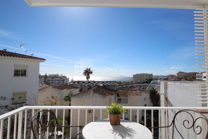 Estepona, Stunning views two bedrooms apartment for sale in Estepona