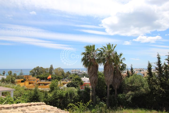 Estepona, Villa in the popular area of Seghers, Estepona for renovation