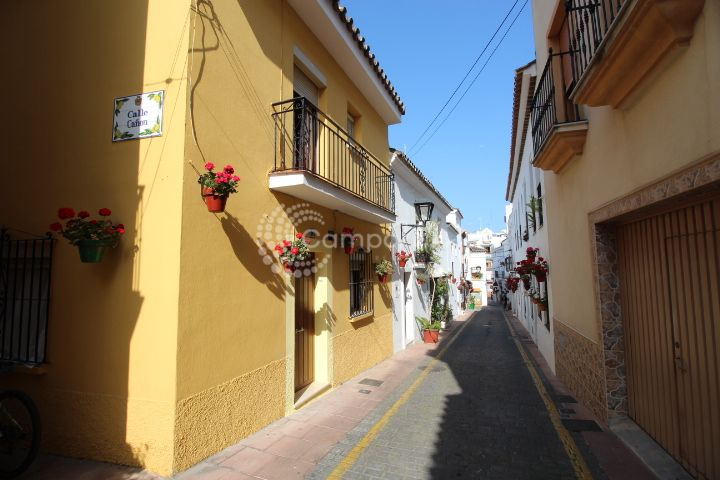 Estepona, Village house for holiday lets in Estepona Old Town