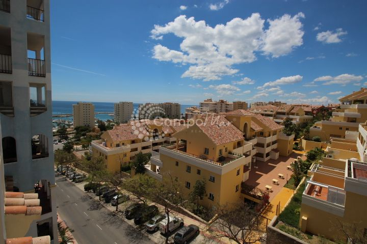 Estepona, Fantastic two bedroom apartment with garage and storage in Estepona port
