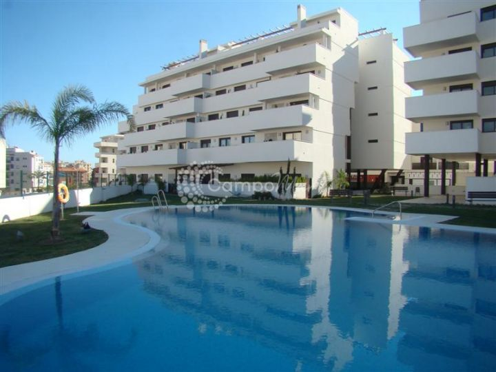 Estepona, Apartment for sale in the popular development of Sethome, Estepona