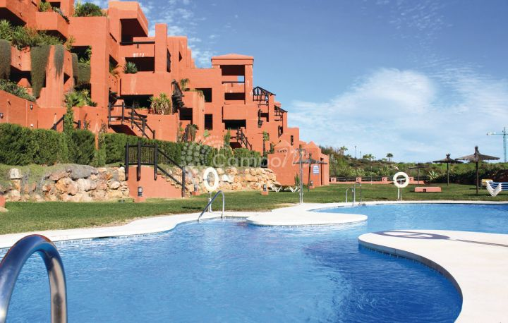 Manilva, Apartment for sale in Coto Real, La Duquesa